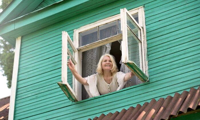 Few things can improve the feeling of a room as quickly and pleasantly as an open window. (Koldunov/Shutterstock)