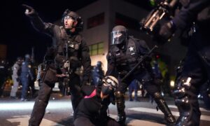 Rioters Launch Ball Bearings, Golf Balls, Rocks at Officers in Portland