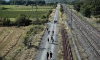 North Macedonia: Police Find 148 Migrants in Trucks