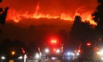 Evacuation Orders Issued Wildfire Erupts North of Los Angeles