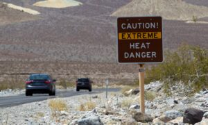 Thermometer in Death Valley, California Shows Highest Global Temperature Since 1913