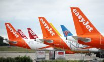 EasyJet to Raise $1.7 Billion After Rejecting Takeover Bid