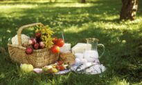 On the Importance of Eating Outdoors