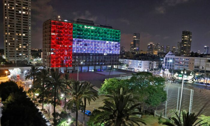 The city hall in the Israeli coastal city of Tel Aviv is lit up in the colours of the United Arab Emirates national flag on Aug. 13, 2020. (Jack Guez/AFP via Getty Images)