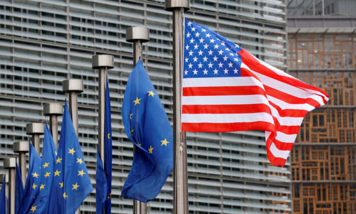 U.S. and European Union flags are pictured at the European Commission headquarters in Brussels, Belgium on Feb. 20, 2017. (Francois Lenoir/Reuters)