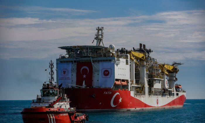Turkey's drilling ship, Fatih, is sailing through Bosphorus toward Black Sea, in Istanbul, Turkey, on May 29, 2020. (Emrah Gurel/ File/AP Photo)