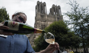 Champagne Makers Fix Harvest Quotas, as Virus Kills the Fizz