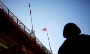 US Closes Lanes, Adds Checks at Mexico Border to Contain Virus