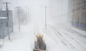 Canadian Farmers' Almanac Forecasts 'Frigid and Frosty' Winter