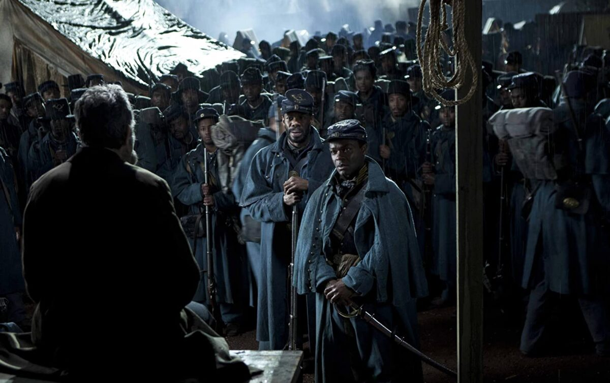 "president and soldiers in ""Lincoln"""
