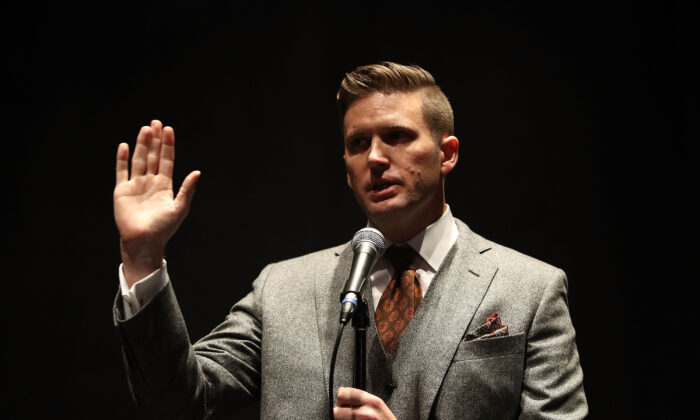 White nationalist Richard Spencer speaks during an event in Gainesville, Fla., in 2017. (Joe Raedle/Getty Images)