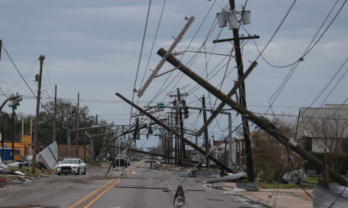 A street is seen strewn with debris and downed power lines after Hurricane Laura passed through the area  in Lake Charles, La., on August 27, 2020. (Photo by Joe Raedle/Getty Images)