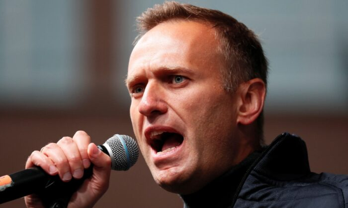 Russian opposition leader Alexei Navalny delivers a speech during a rally to demand the release of jailed protesters, who were detained during opposition demonstrations for fair elections, in Moscow, Russia, on Sept. 29, 2019. (Shamil Zhumatov/Reuters)