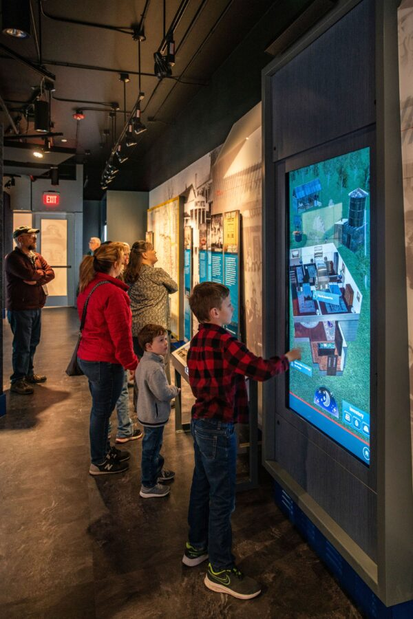visitors interacting with an exhibt_