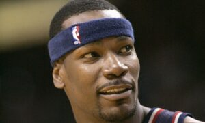 Ex-UConn Star, Top NBA Sixth Man Cliff Robinson Dies at 53