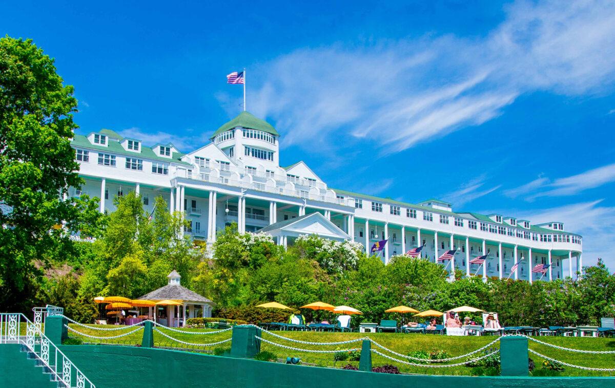 Mackinac Island Michigan America S Picture Perfect Retreat