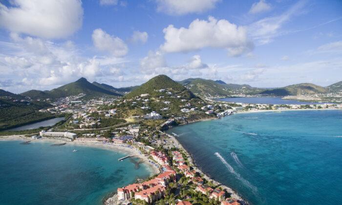 An aerial view of St. Maarten. (Multiverse/Shutterstock)