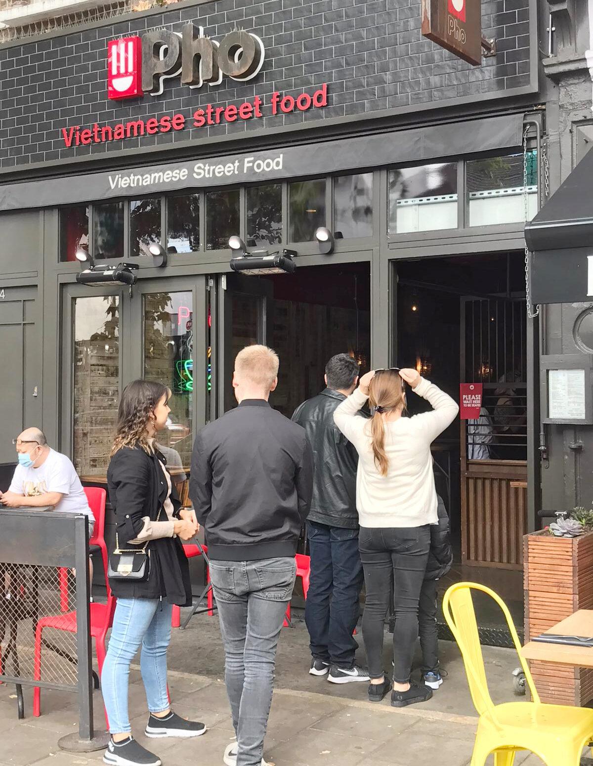 Pho London restaurant