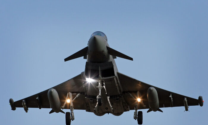 A Typhoon Tranche type 1 fighter jet prepares to land at RAF Coningsby, on October 21, 2008 in Lincolnshire, England. (Christopher Furlong/Getty Images)
