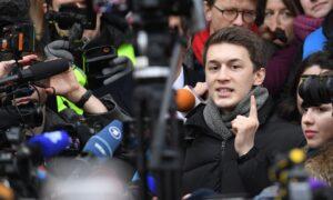 Moscow Police Open Criminal Case After Anti-Kremlin Blogger Badly Beaten