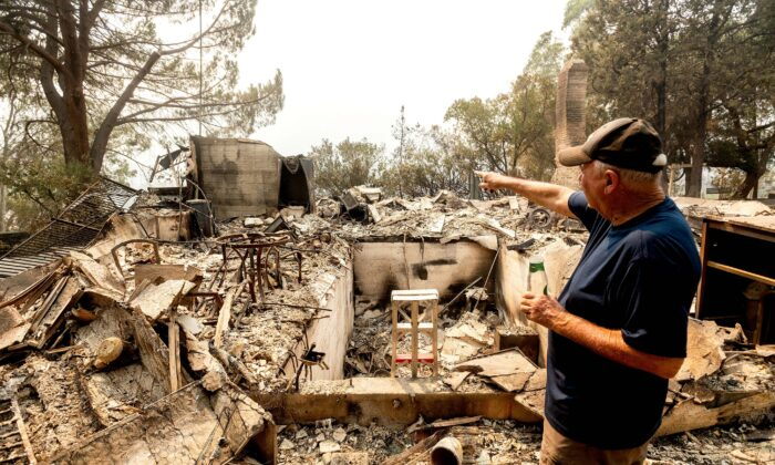 81-year old Hank Hanson gestures to the kitchen of his home, destroyed by the LNU Lightning Complex fires, in Vacaville, Calif., on Aug. 21, 2020. (Noah Berger/AP Photo)