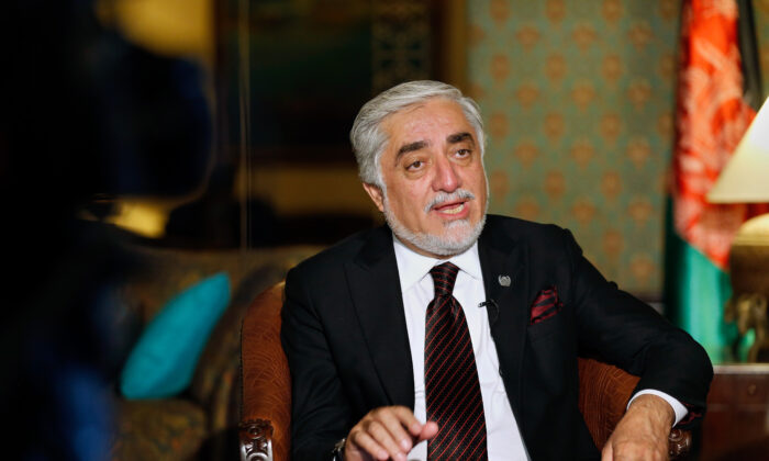 Abdullah Abdullah, chairman of Afghanistan's High Council for National Reconciliation, in Islamabad, Pakistan, on Sept. 30, 2020.   (AP Photo/Anjum Naveed)