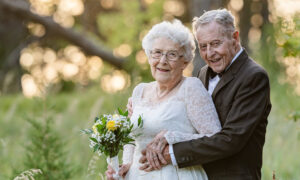 Couple, 88 and 81, Had a Touching Photoshoot in Original Wedding Attire for 60th Anniversary