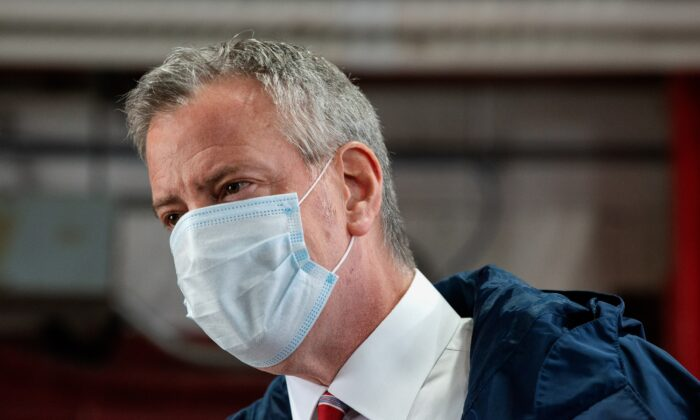 New York City Mayor Bill de Blasio speaks during an appearance in New York City, on May 4, 2020. (Bryan Thomas/Getty Images)