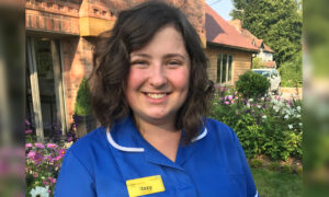 Newly Qualified Nurse Who Did CPR Mid-Flight Is Nominated by Patient for 2020 Awards