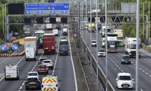 Freight Firms Warn of Brexit Disruption amid UK-EU Deadlock