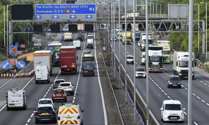Traffic moves along the M6 motorway near Birmingham,  England, on May 18, 2020. (Rui Vieira/AP Photo)