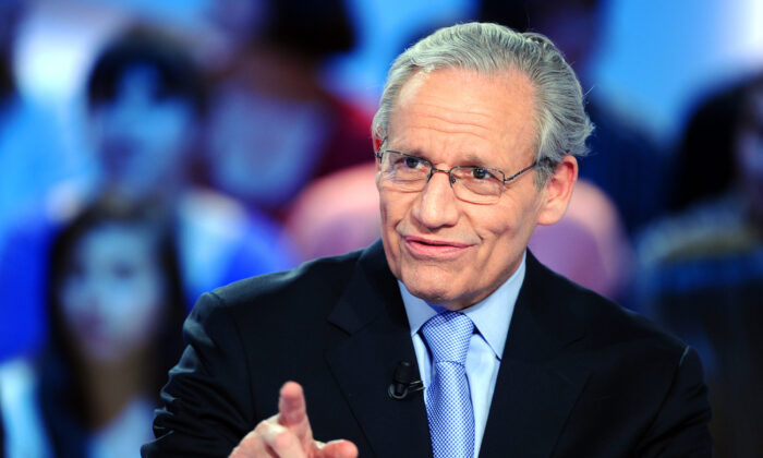 "Journalist Bob Woodward takes part in the TV show ""Le Grand Journal"" on Canal+ channel, in Paris, on April 7, 2011. (Miguel Medina/AFP via Getty Images)"