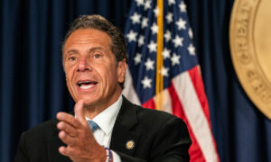 Cuomo Denies Responsibility for Deaths in NY Nursing Homes, Blames Infected Staff, Family Visitors