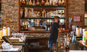 Pennsylvania Bans Alcohol Sales in Bars, Restaurants on Thanksgiving Eve