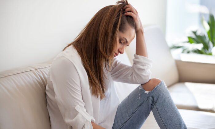 Much of the decline in mental health can  be attributed to pandemic lockdowns rather than COVID-19 itself.((fizkes/Shutterstock)