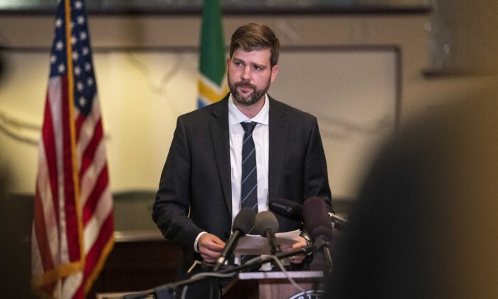 Mike Schmidt, Multnomah County district attorney, speaks to the media at City Hall in Portland, Ore., on Aug. 30, 2020. (Nathan Howard/Getty Images)