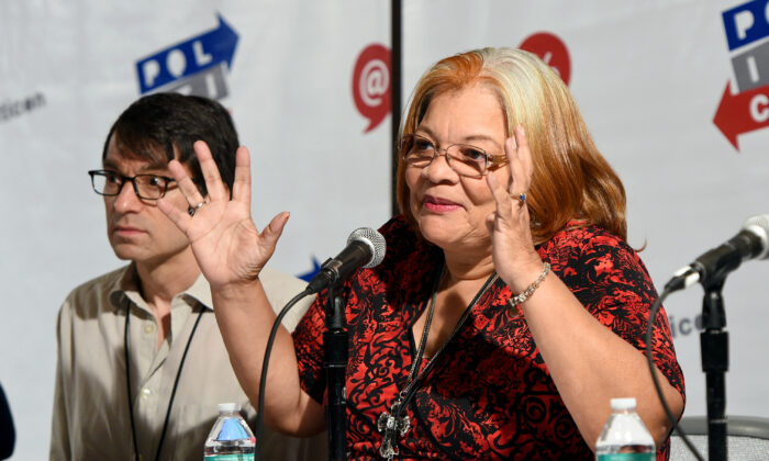 Eli Attie (L) and Dr. Alveda King at the 'Politics and Dirty Tricks' panel during Politicon at Pasadena Convention Center in Pasadena, Calif., on July 30, 2017.  (Joshua Blanchard/Getty Images  for Politicon)