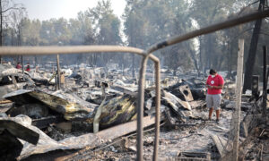 Half Million Oregonians Evacuate as Death Toll in West Wildfires Rises to 16