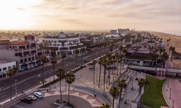 An aerial view shows Pier Plaza in Huntington Beach, Calif., on May 02, 2020. (Apu Gomes/AFP via Getty Images)