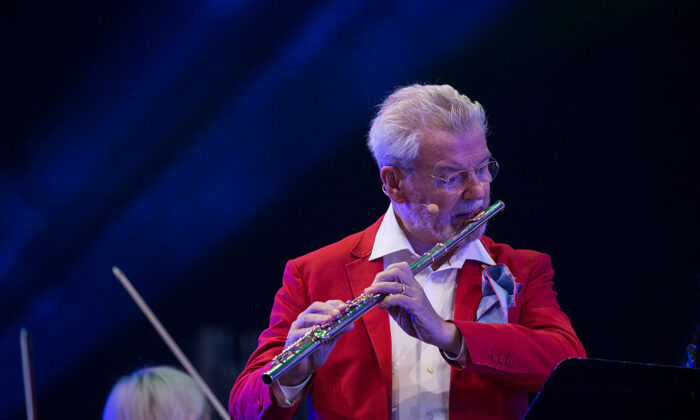 James Galway performs during the BBC Proms In The Park at Hyde Park on Sept. 10, 2016 in London. (John Phillips / Getty Images)