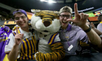 LSU to Prioritize Football Tickets for Students Who Get Tested for COVID-19