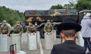 Ukraine Urges Jewish Pilgrims Stuck at Border to Turn Back