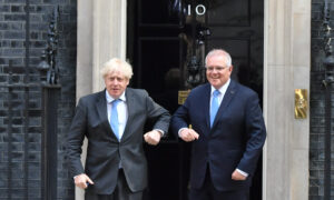 Aussie PM Says 4M Pfizer Doses Travelling 'From Downing Street to Down Under'