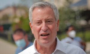 NYC Mayor Says City Won't Impose Indoor Mask Mandate Like LA