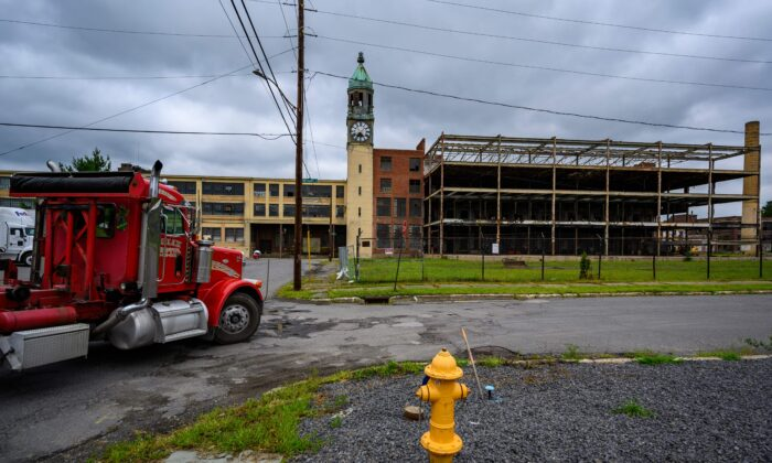 The abandoned Scranton Lace Company factory in Scranton, Penn., on Aug. 11, 2020. (Eric Baradat/AFP/Getty Images)
