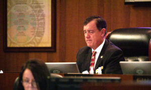 Orange County Supervisors Allocate $1 Million to Ailing Restaurants