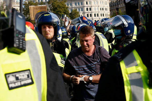 Police clash with anti-lockdown protesters Trafalgar Square London