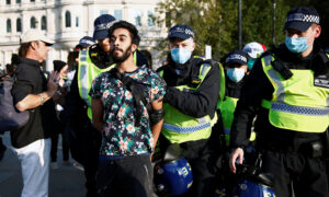 London Police, Protesters Clash at Anti-Lockdown Demonstration
