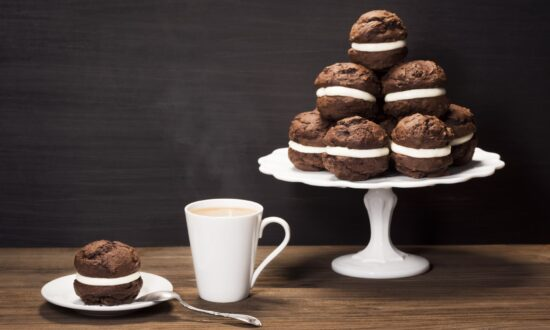 Whoopie Pies: Old-Fashioned Treats Worth Cheering For