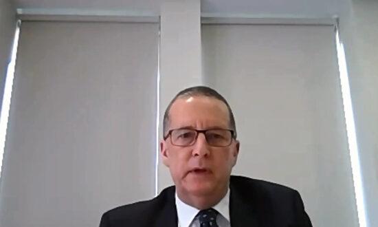 Victoria Public Service Boss Diverts Blame at Quarantine Inquiry